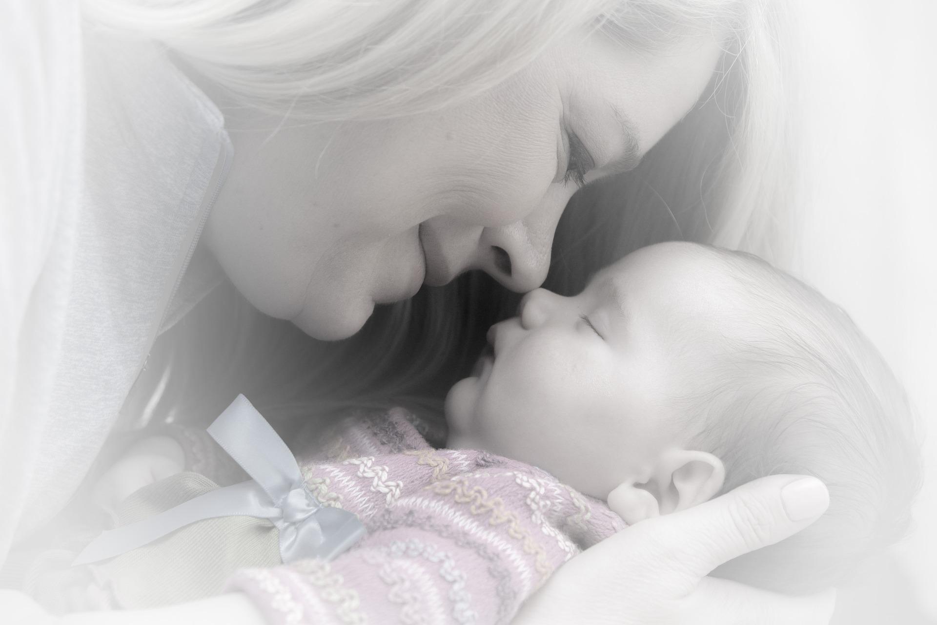 newborn-659685_1920-2
